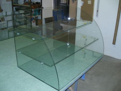 Egyedi üvegmegmunkálás